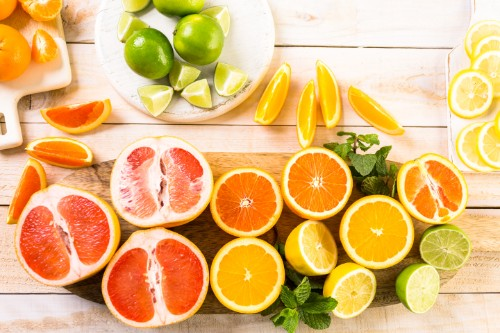 vitamin c plays a vital role in the gut skin connection